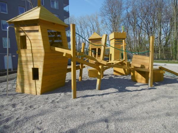 Spielplatz Zauberwald im Lindenhof © BA Lichtenberg